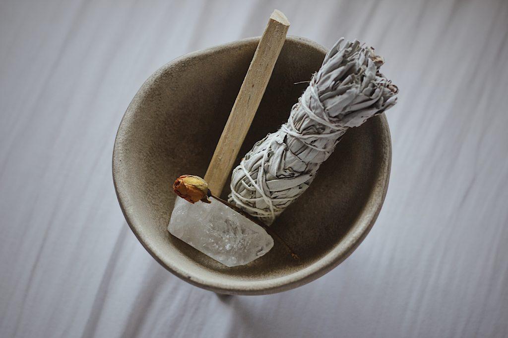 Ein Bild, das Scheibe, Schokolade, Karaffe, gegessen enthält.  Automatisch generierte Beschreibung